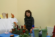 Big smile of a Japanese student - Flower Design of Britain Autumn class in London